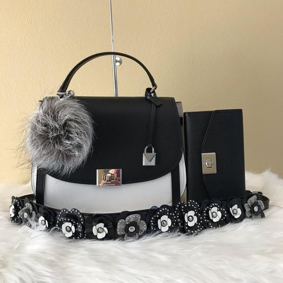 92d9992cafe24c MICHAEL Michael Kors Bags | Michael Kors Large Cassie Satchel Wallet ...